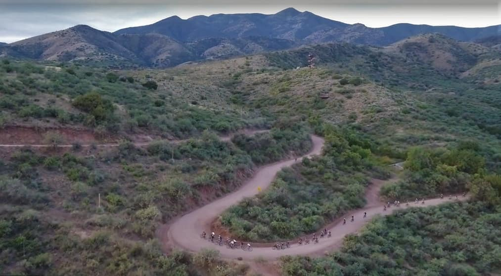 Picture of the cyclists racing the Mt Lemmon Gravel Grinder